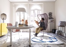 Jaime Hayon in his studio with Gardenias 217x155 Jaime Hayon: 8 of the Spanish Designers Off the Wall Collections