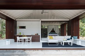 Living area of the one bedroom beach house in Australia