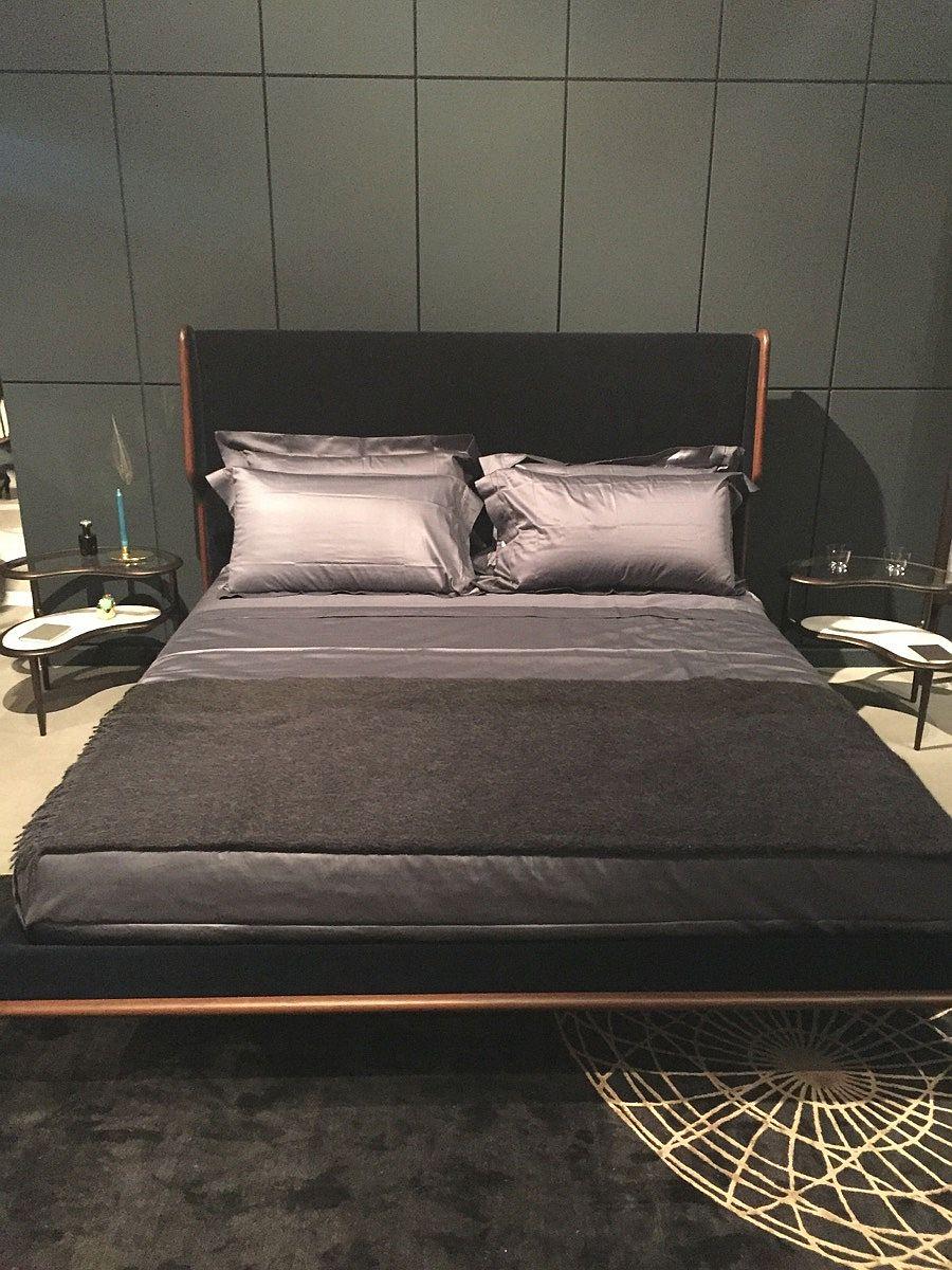 Minimal bed design by Ceccoti Collezioni