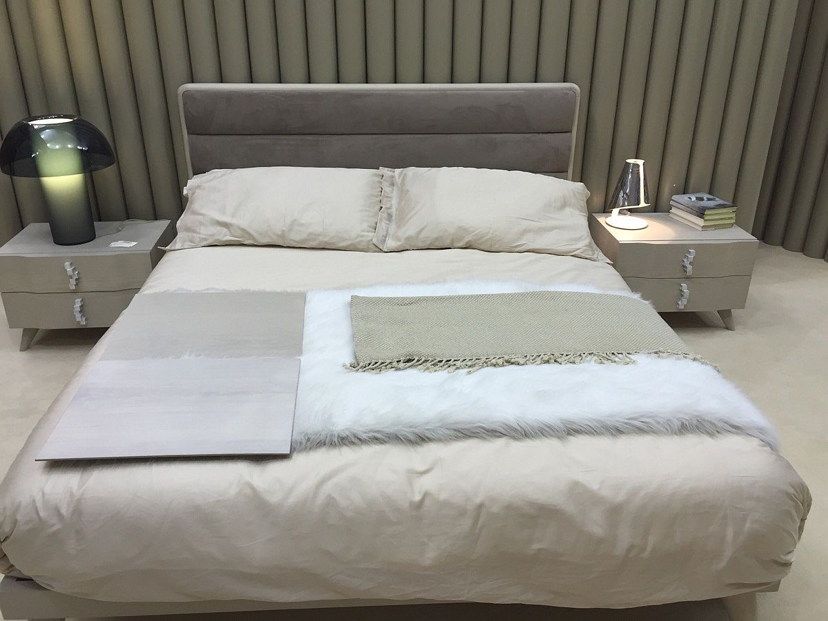 Nightstand and beds from benedetti mobili salone del for Mobili salone