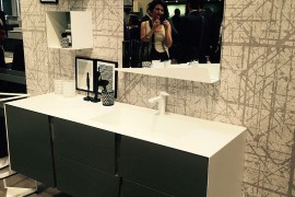 Perfect inspiration for organizing a small bathroom -Slaone del Mobile 2016