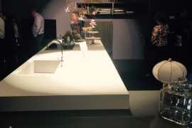 Polished kitchen island in white from Comprex