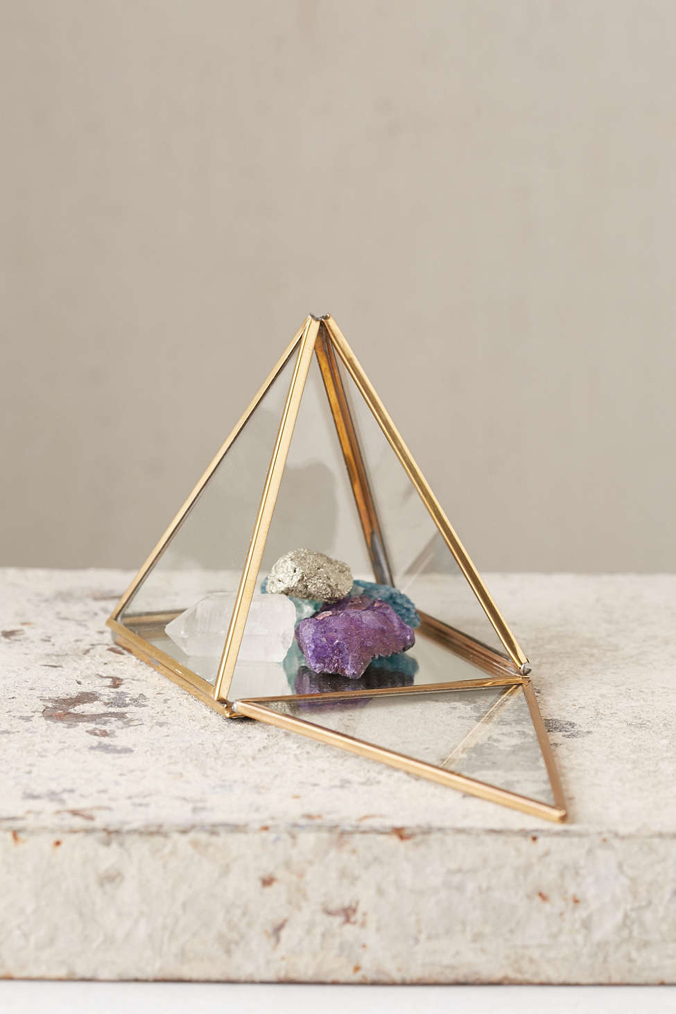 Pyramid display box from Urban Outfitters