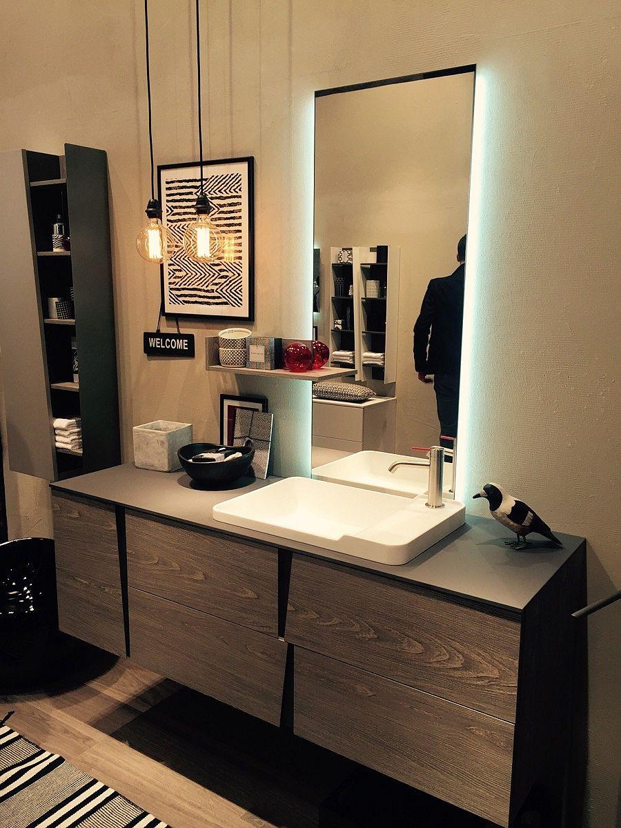 Smart bathroom design from slaone del mobile 2016 decoist for Smart bathroom design