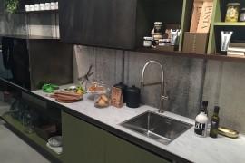 Smart Estel kitchens at Eurocucina 2016 make most of evrtical space