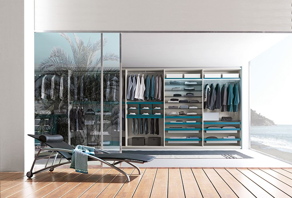 Smart and customizable walk-in closet makes your life a lot easier each morning