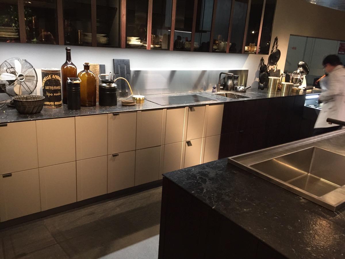 Smart modern kitchen design solutions from alf dafre for Kitchen design solutions