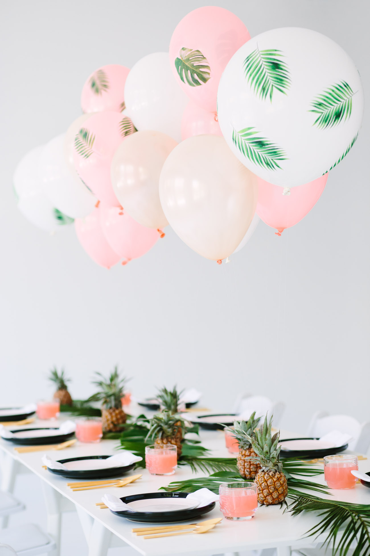 Tropical dinner party from Studio DIY