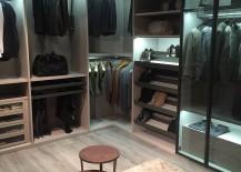 Walk-in-closet-with-modular-comfort-217x155