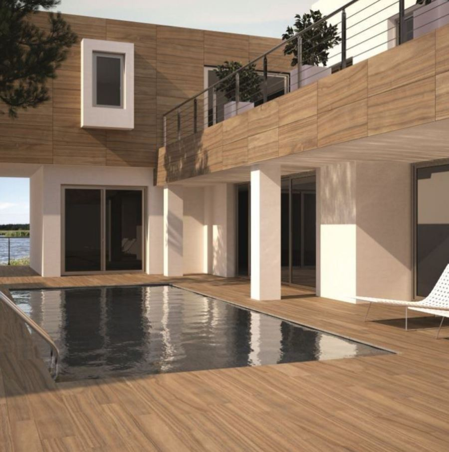 Wood-effect porcelain tile by the pool