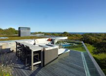A-small-and-cozy-roof-deck-with-dining-space-and-ocean-views-217x155
