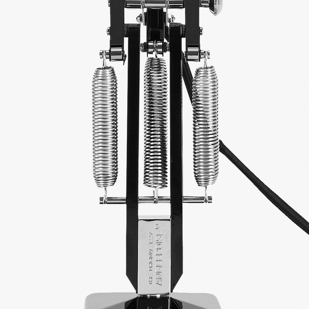 Thespring technology on an Anglepoise®️ light is a beautiful and intelligent part of the overall design.