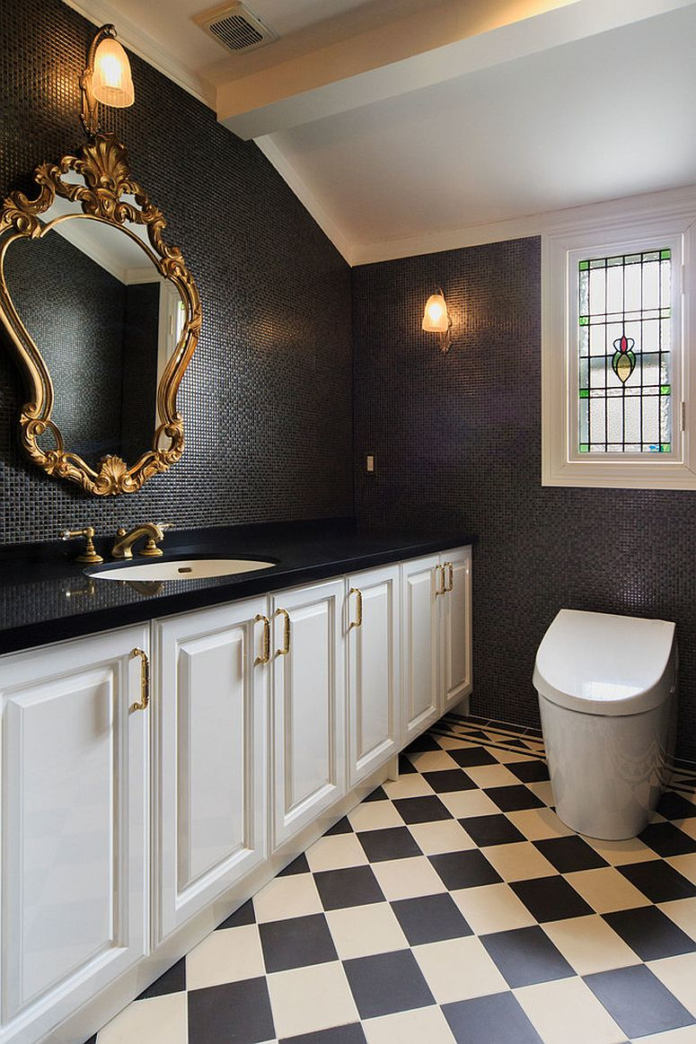 Black and gold are a great combination for a Victorian styled half bath [Design: Annie-S]
