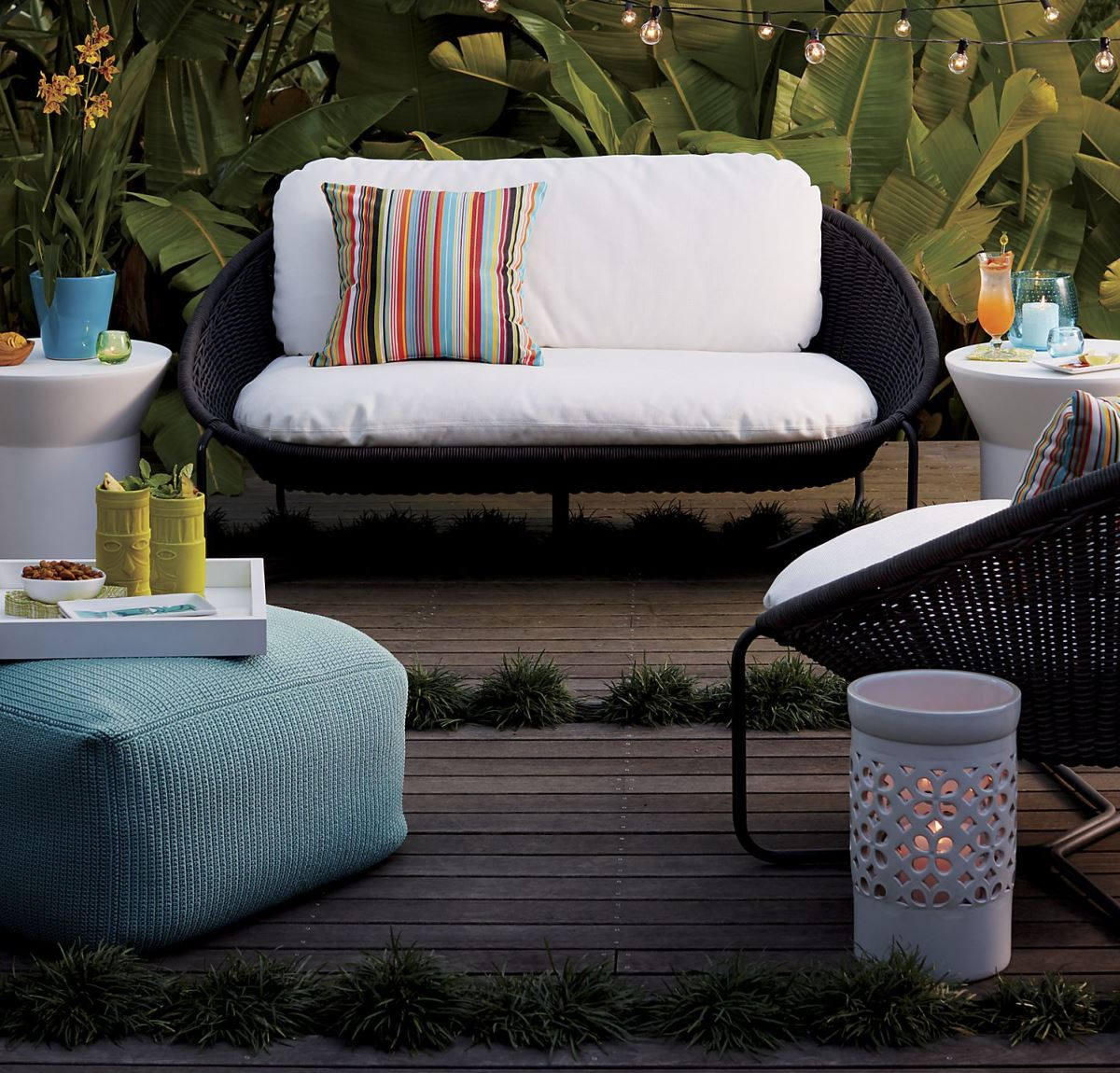 crate barrel outdoor furniture. View In Gallery Blue Pouf From Crate \u0026 Barrel Outdoor Furniture C