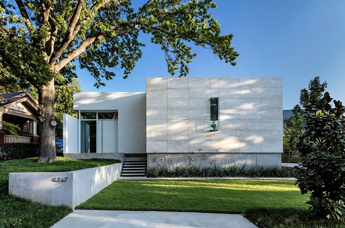 Casa di Luce by Morrison Dilworth Walls in Texas Giving the Courtyard Home an Urban Twist: Casa di Luce in Dallas