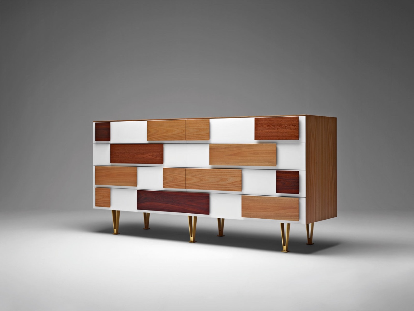 Chest of drawers D.655.1 D.655.2 by Gio Ponti. Designed in several versions between1952 and 1955, thisnew version was produced using original drawings fromthe Gio Ponti Archives.Image ©Molteni & C S.P.A.