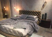 Chic and glitzy bed design from Gruppo Tomasella
