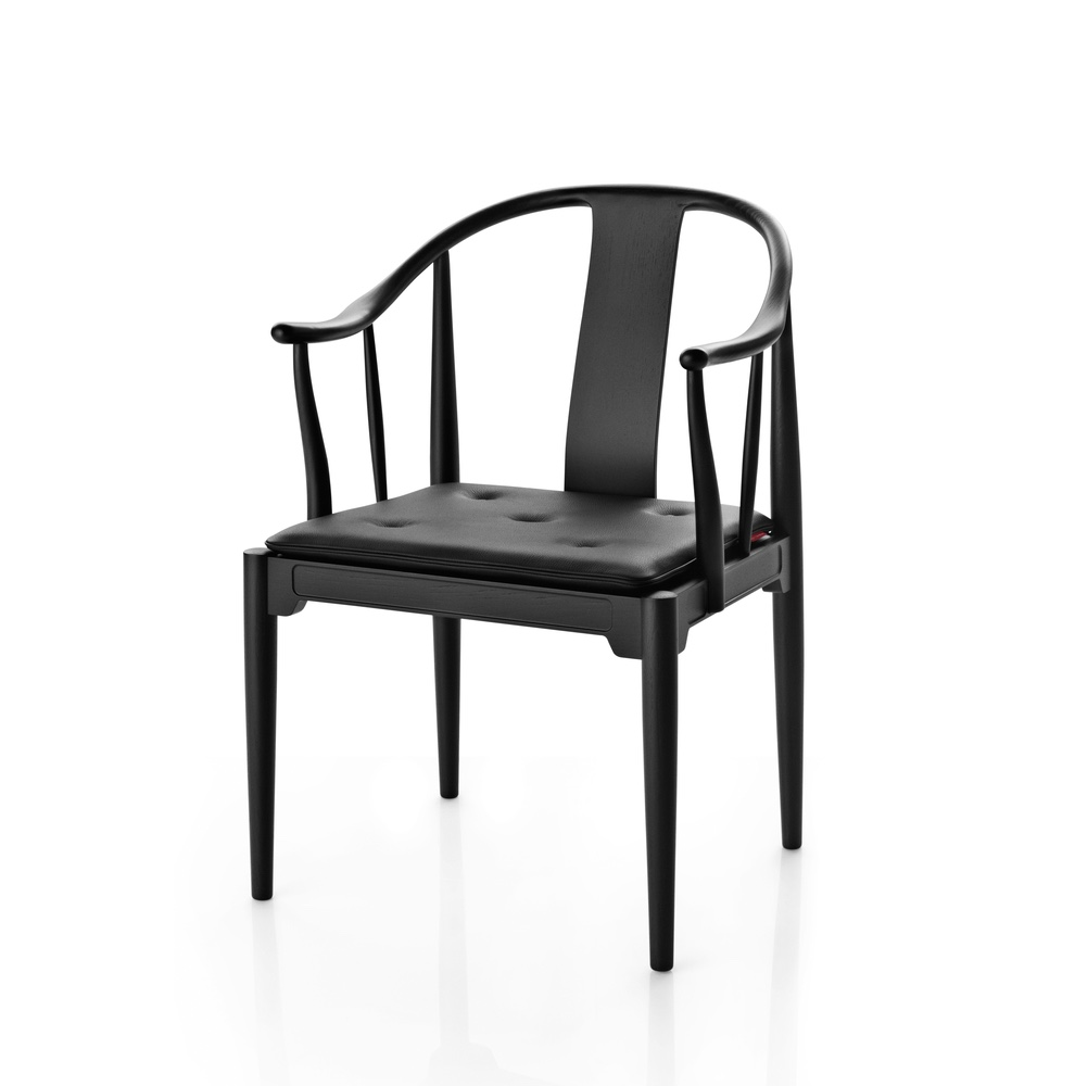 China Chair™ in black-coloured ash. Image © Republic of Fritz Hansen.