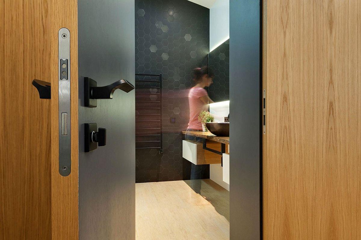 Dark hexagonal tiles for the creative contemporary bathroom