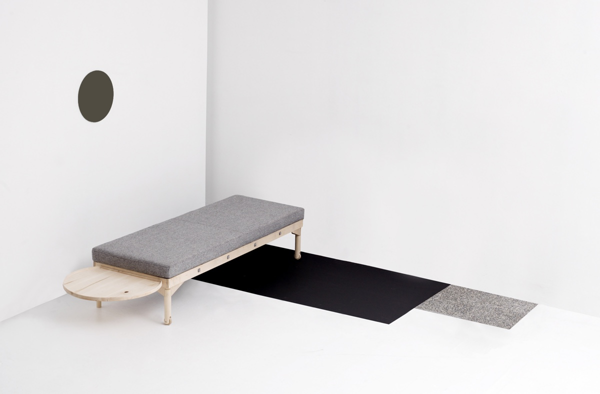 Daybed by Darin Montgomery. Photo by Charlie Schuck via Meer.