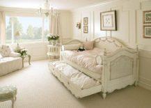 Elegant kids' bedroom with the versatile Charlotte Day Bed