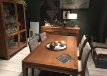 Exquisite dining table, dining room hutch and sideboard in wood for the classic dining room