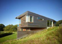 Exterior-of-the-Vineyard-farmhouse-clad-in-cedar-shiplap-217x155