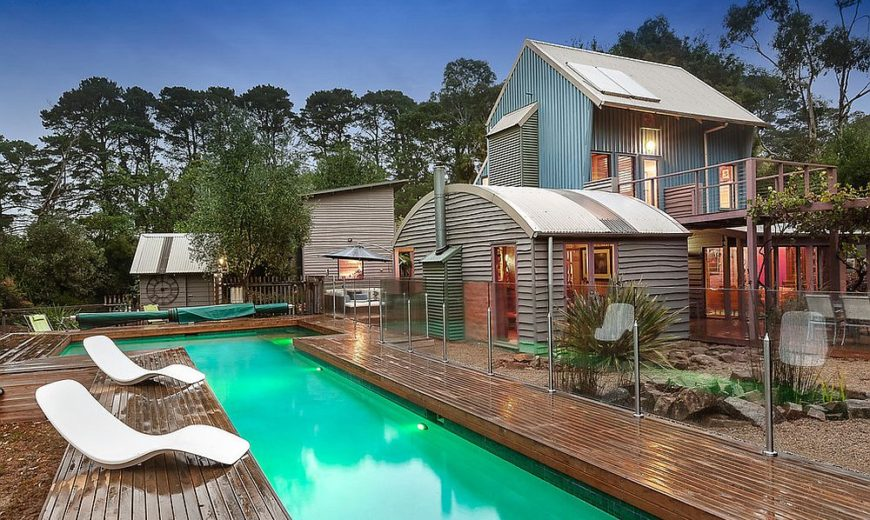 Bower House: Energy-Efficient Beach-Style Retreat with Modern Cottage Vibe