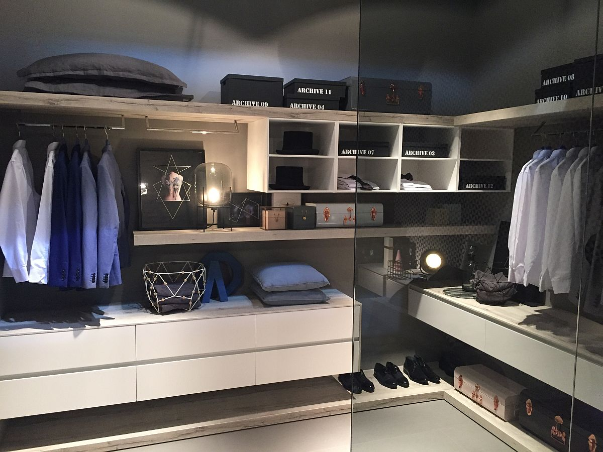 Fashionable walk-in closet that makes your heads turn from IDEAGROUP