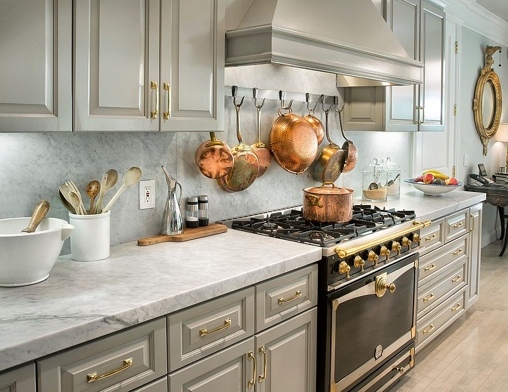 Gray and gold in the kitchen make a charismatic duo [Design: Michelle Workman Interiors]