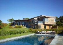 Hillside Delight: Contemporary Farm House Takes Shape on Martha's Vineyard