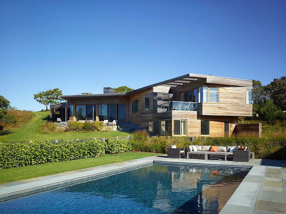 Hillside vineyard home with a contemporary style