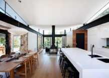 Kitchen and dining area of the Warrandyte Residence in Victoria 217x155 House in Stone, Glass and Steel Overlooking the Yarra River