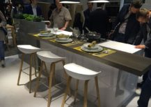 Leicht kitchens at Milan 2016 showcase the trend of social kittchens that have plenty of room for the entire family