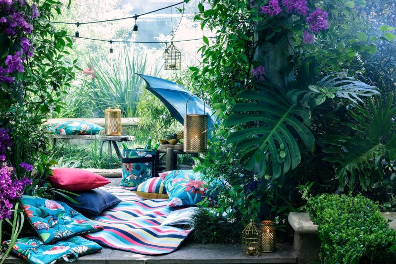 Lush tropical style from H&M Home