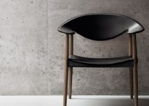 Metropolitan Chair in walnut and black leather