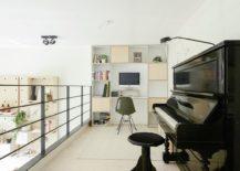 Mezzanine level family area and workspace