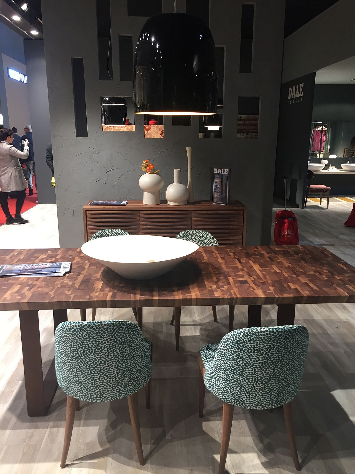 40 dining room ideas that caught our eye at milan 2016. Black Bedroom Furniture Sets. Home Design Ideas