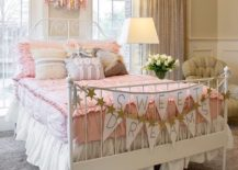 Modern shabby chic style brings relaxed elegance to the kids' room