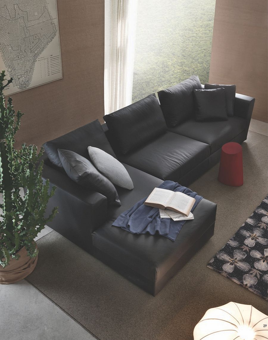 Modular sofa with wooden structure and non-deformable polyurethene seats