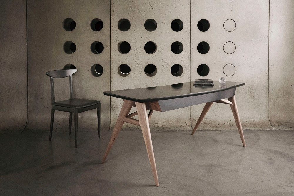 N chair and Roos desk by Alexander Díaz Andersson.