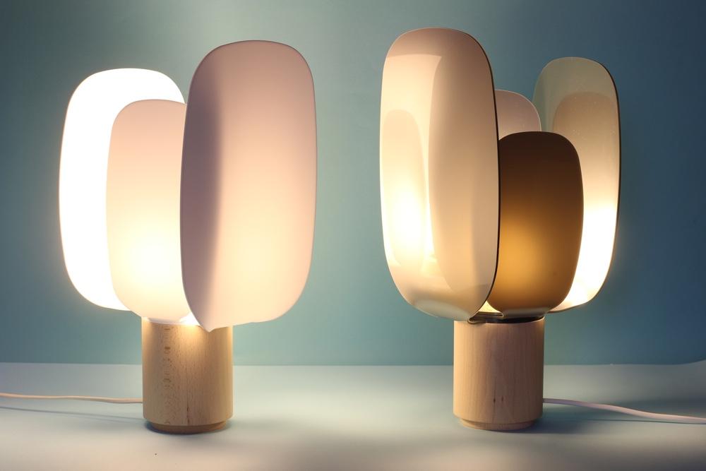 Ophelia Lamp by En Salmón Mostaza.