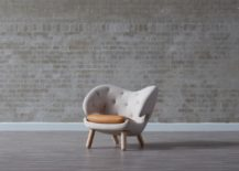 Pelican Chair with leather cushion