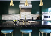 Pick your shade of brass gold or copper to shape a refined contemporary kitchen 217x155 Sparkling Trend: 25 Gorgeous Kitchens with a Bright Metallic Glint