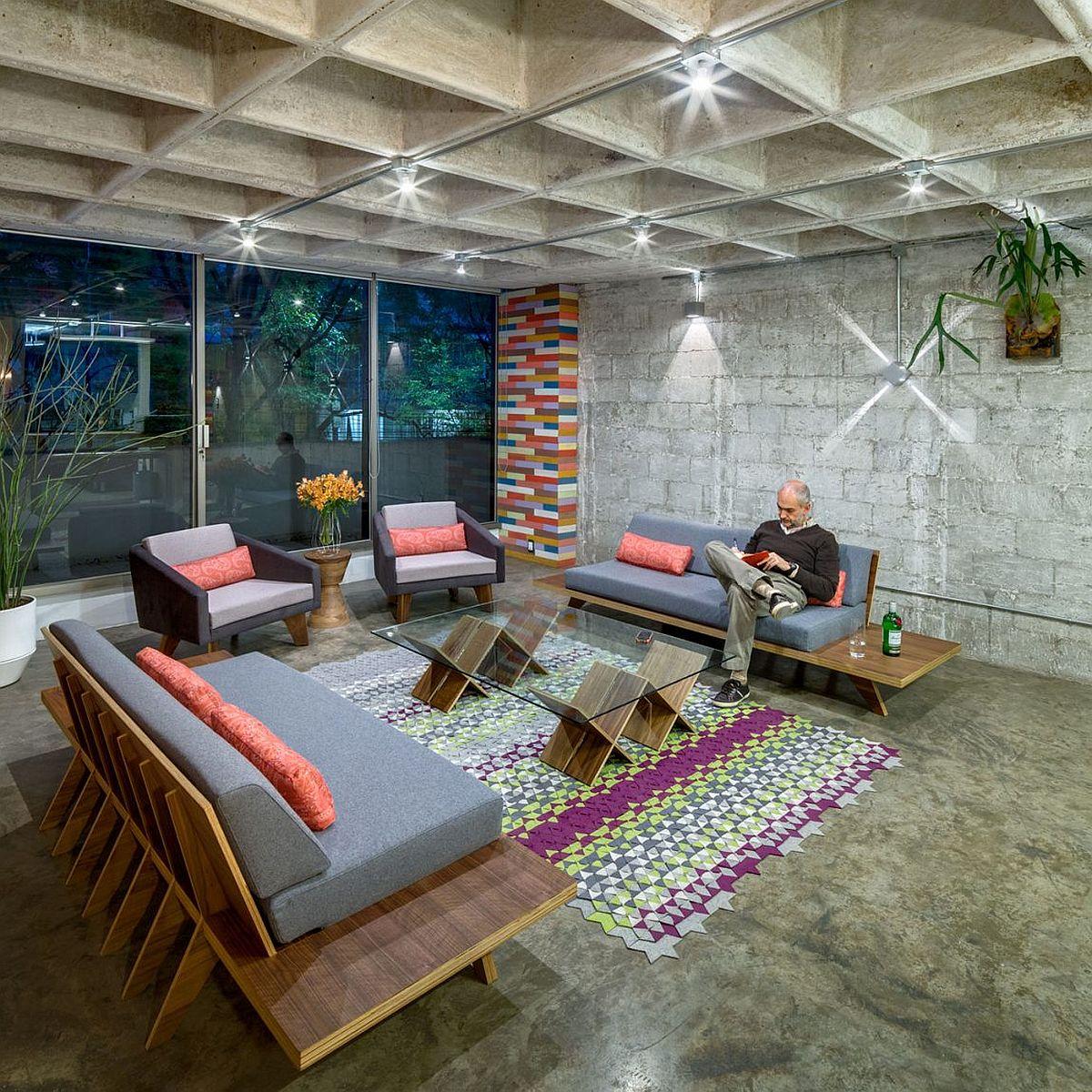 Revitalized living room of the gorgeous Hegel Apartment in Polanco, Ciudad de México, México