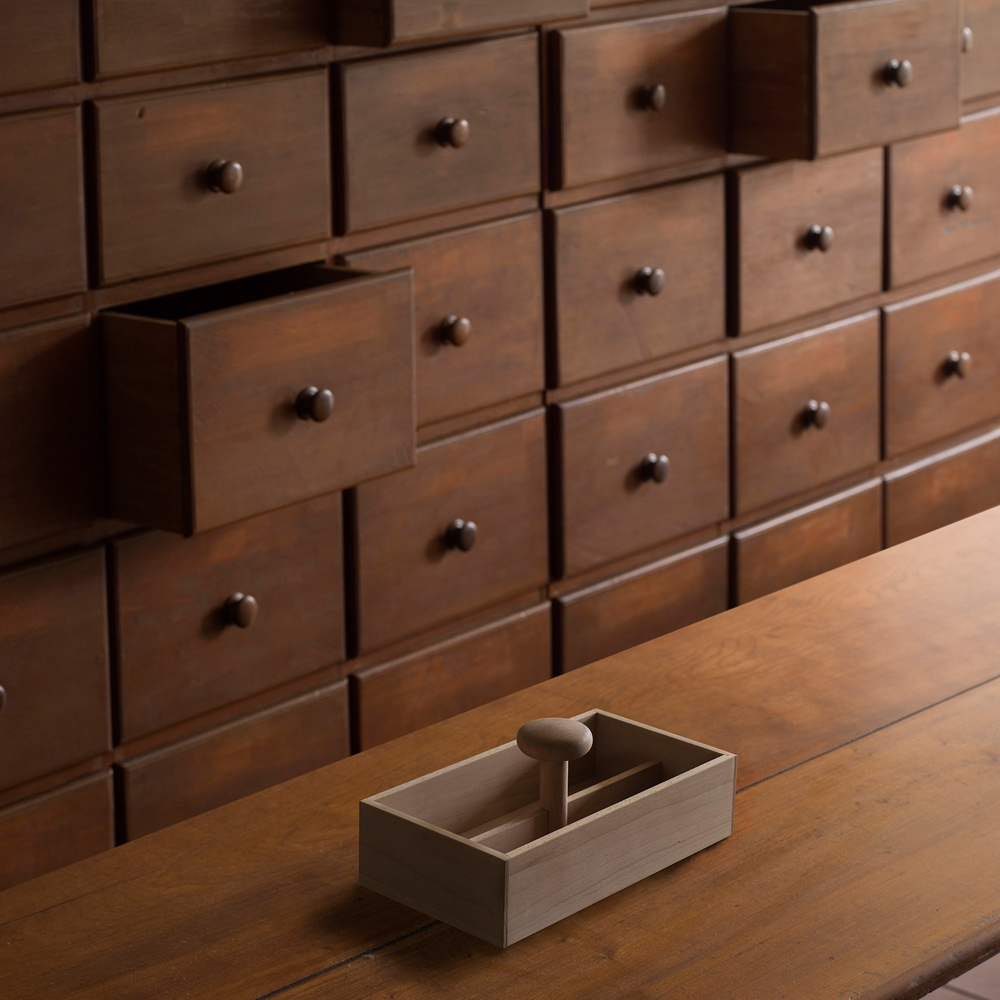 Shaker Toolbox by Hallgeir Homstvedt. Photo by Charlie Schuck via Hallgeir Homstvedt.