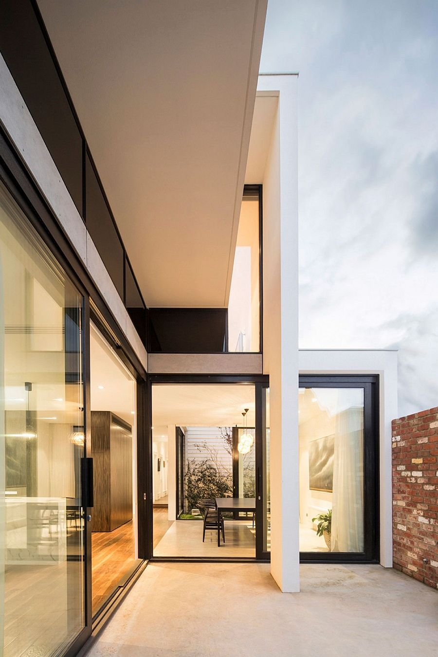 Smart extension to Victorian home in Australia