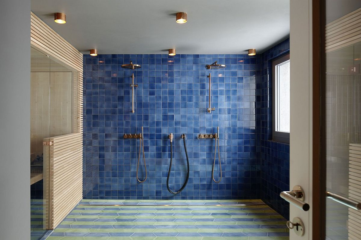 Spacious modern bathroom in blue