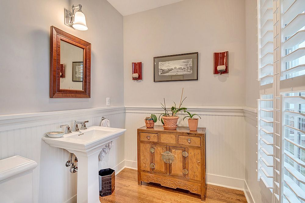 Spacious powder room moves away from the usual, tiny spaces [Design: Echelon Homes LLC]
