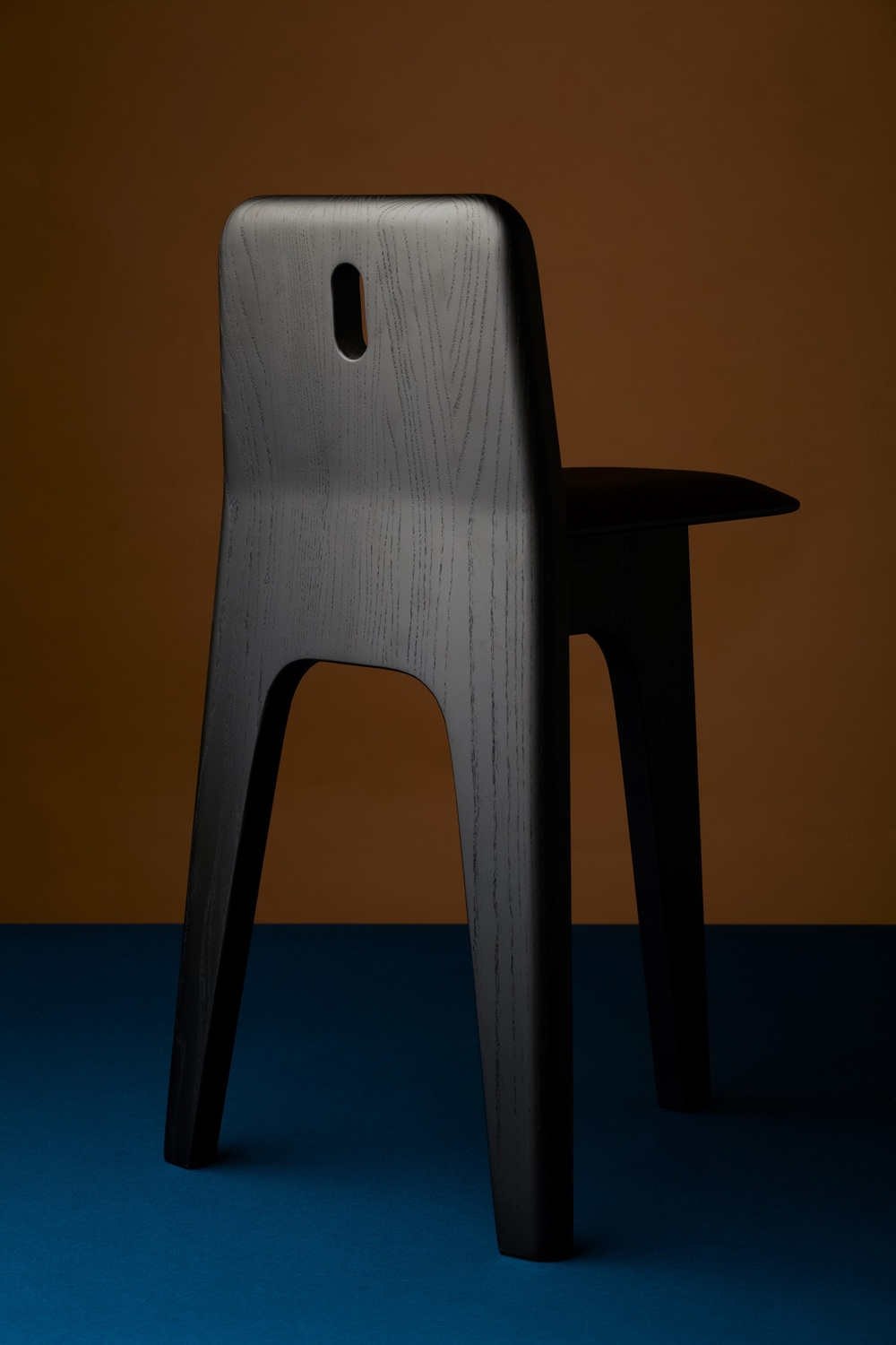 Stove Chair by Gabriel Tan. Image via Gabriel Tan Studio.